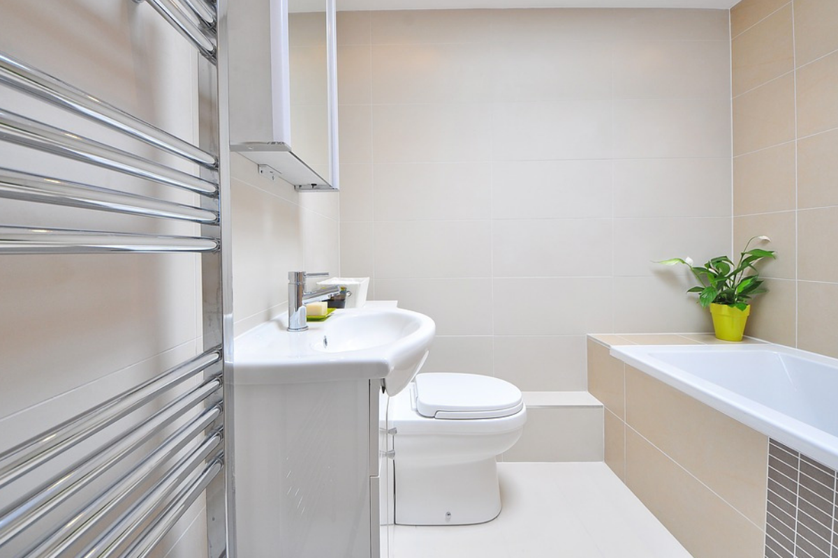 5 Handy Tips To Renovate Your Bathroom On The Cheap