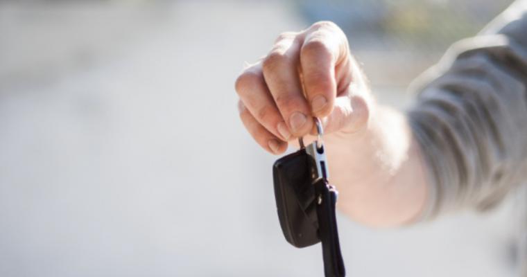 Someone holding keys