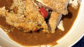 Katsu curry with breadcrums