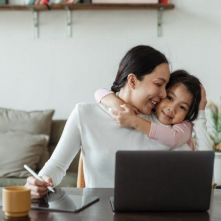 5 Flexible and Profitable Online Jobs for Busy Mummies