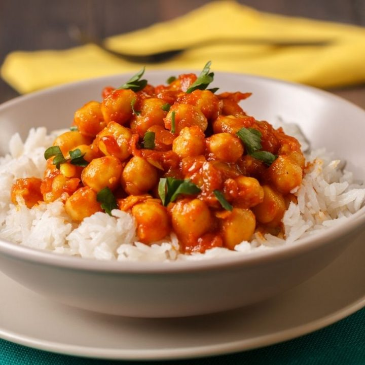 Easy Chickpea Curry That Costs Under £1 a Head