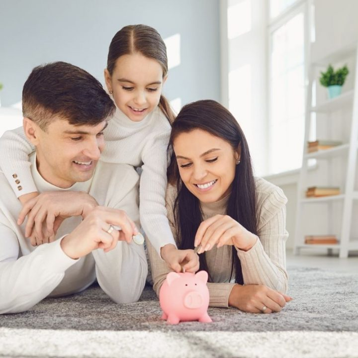 How can parents help their kids understand the value of money in a cashless society?