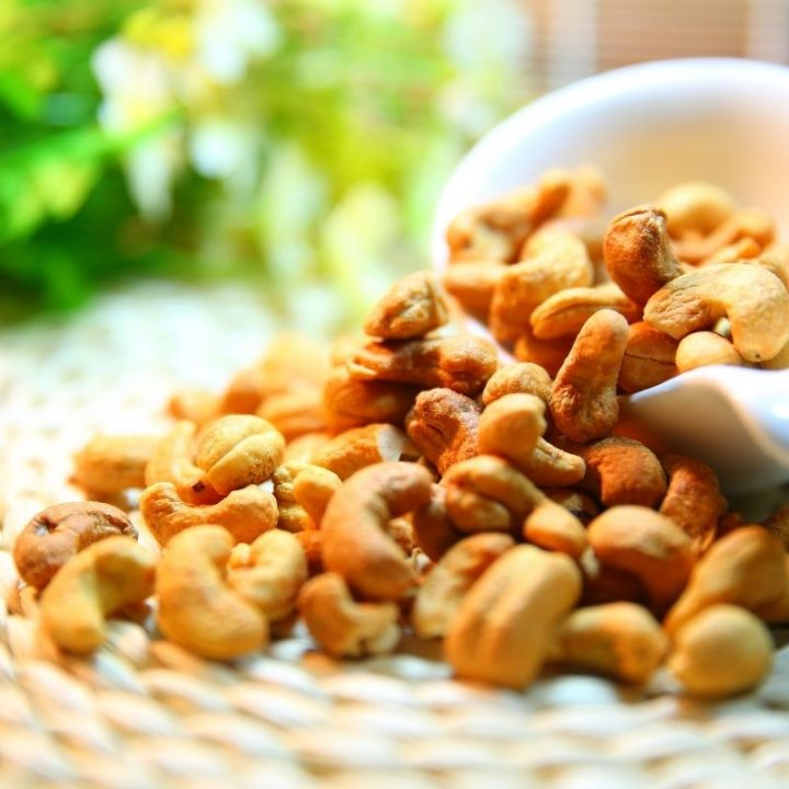 Why Buying Cashews In Bulk Is A Smart Option?